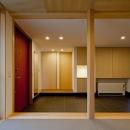 (東京都あきる野市)武蔵増戸のR屋根の家の写真 和室から玄関土間空間をみる