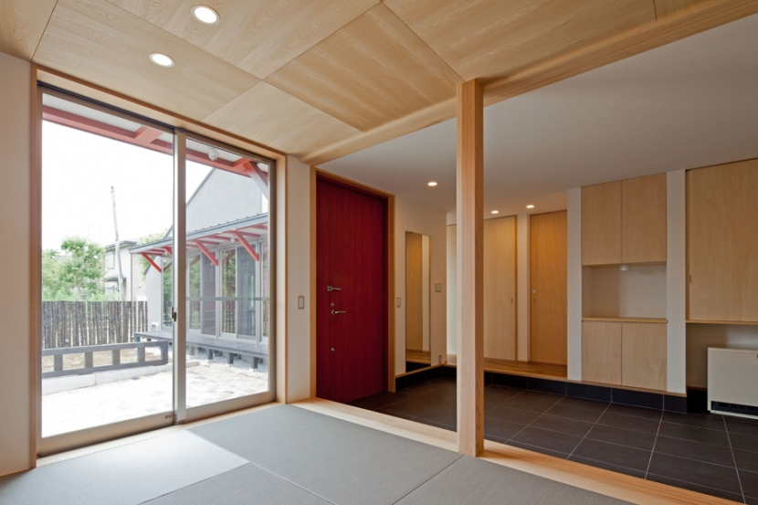 (東京都あきる野市)武蔵増戸のR屋根の家の部屋 和室と玄関土間空間は一体感を意識して