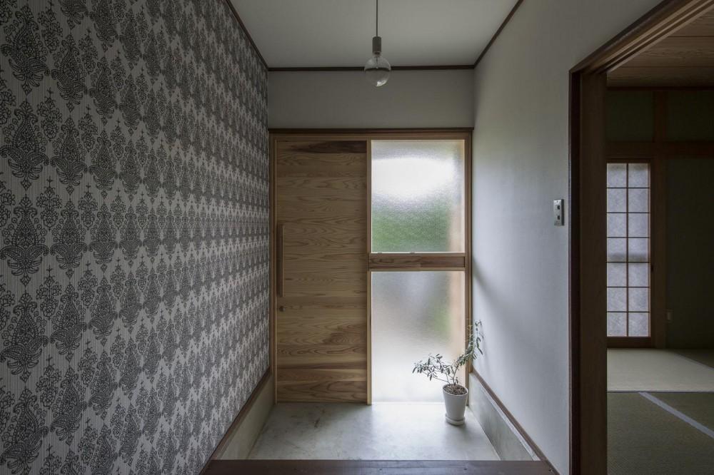借家の家|賃貸向け一戸建てのローコストリノベーション【奈良市】 (玄関土間)