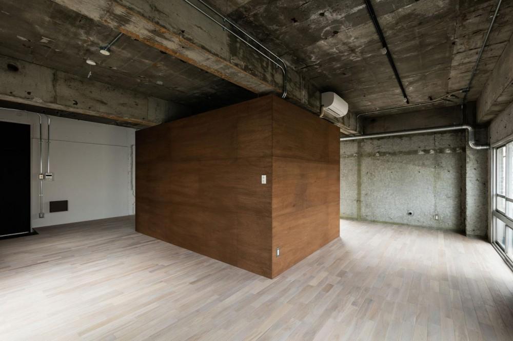 しかくの部屋Ⅰ (設備コアが置かれた室内)