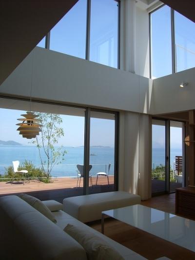 リビング (SEE SEA HOUSE  (海が見える家))