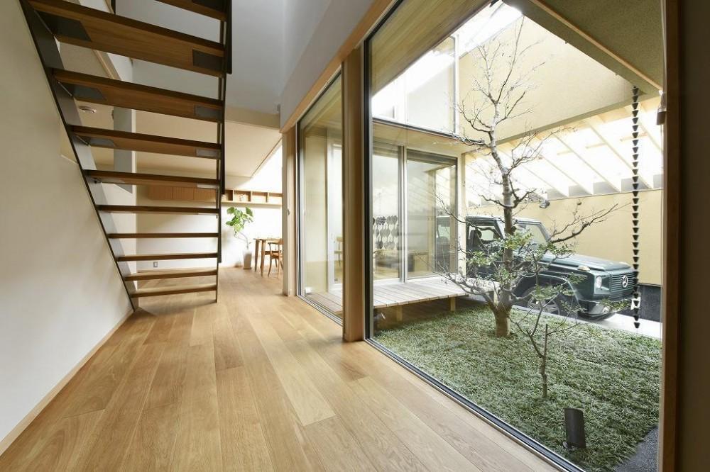 「中庭のある家@現代京町家」 (階段)