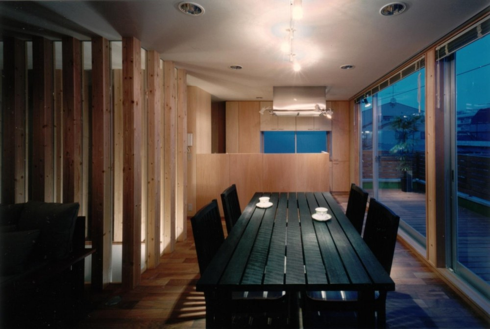 二世帯住宅に変える鉄骨造のリノベーション (ダイニングキッチン)