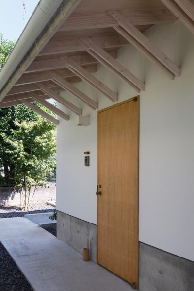 玄関 (鎌倉の分居)