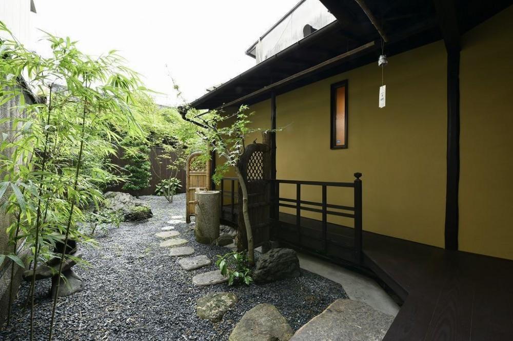 「藏や」千本三条 (町家旅館) (庭)