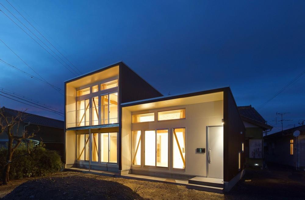 外観-夜景 (3-BOX 1800万円の家)