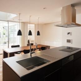 ダイニングキッチン (WHITE COURT HOUSE)