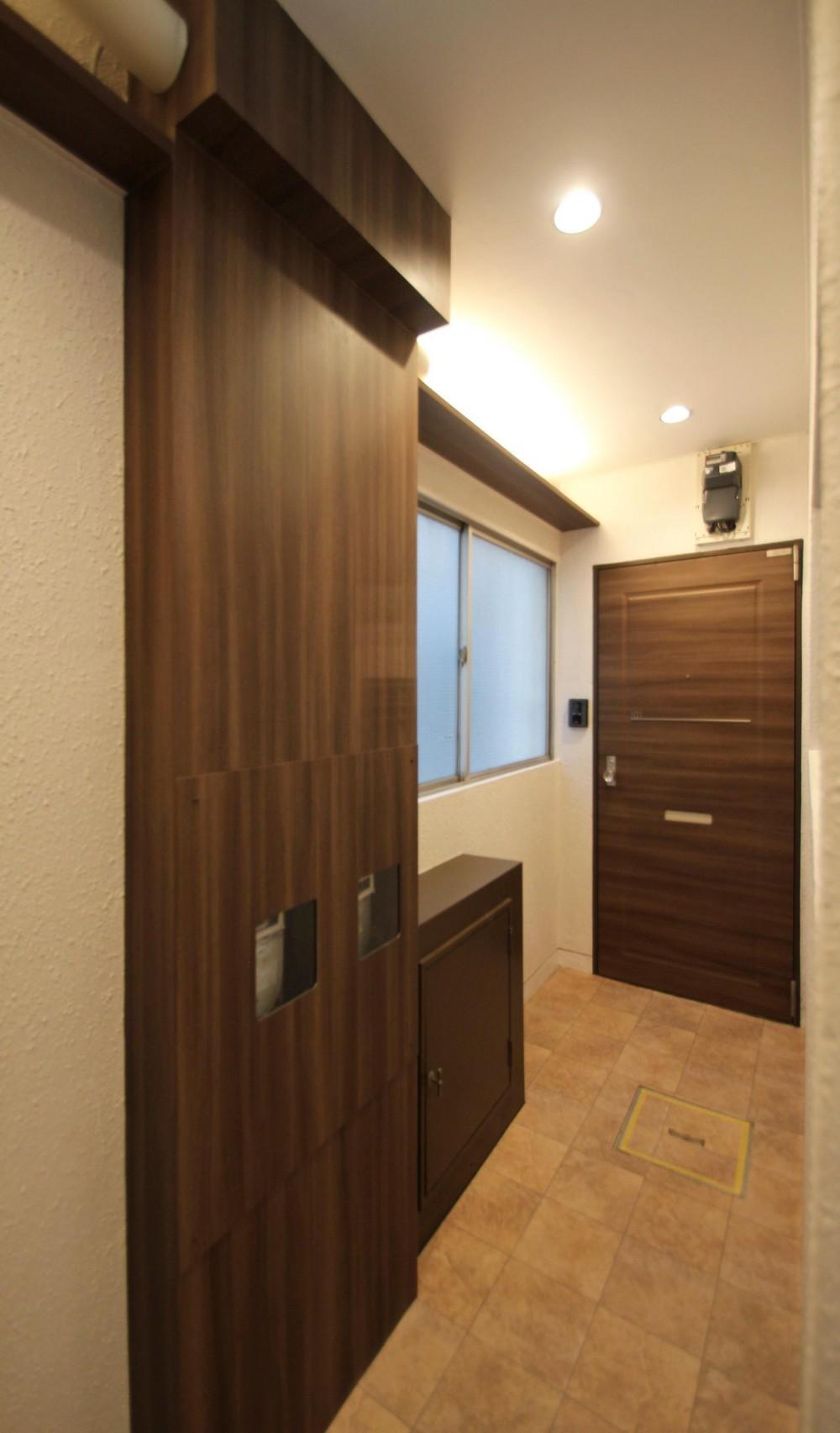 世田谷区集合住宅リノベーション (住戸玄関)