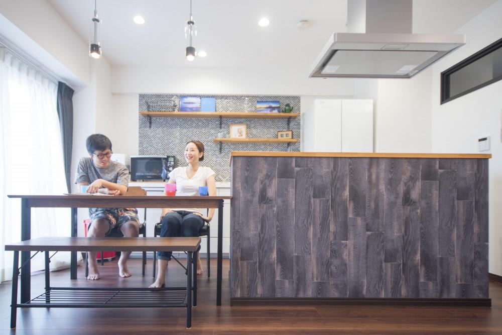 充実した機能とお気に入りのインテリアを両立させた自分仕様の家 (キッチン)