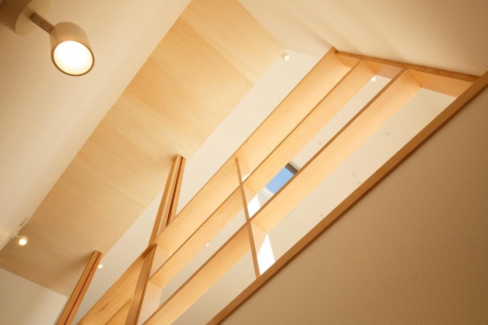豊田の住まい (階段)