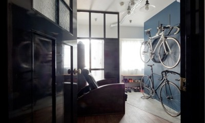 玄関|アンティーク家具が馴染む懐の深い家