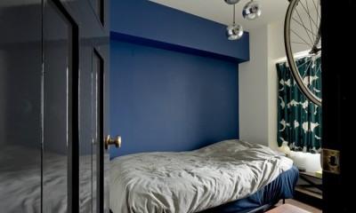 寝室|アンティーク家具が馴染む懐の深い家