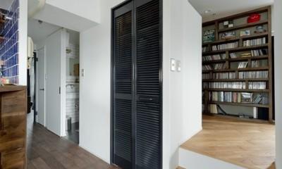 小上がり空間|アンティーク家具が馴染む懐の深い家