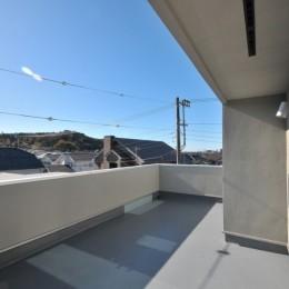 逗子の3代で受け継がれる2世帯住宅の家 (ルーフバルコニー)