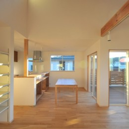 逗子の3代で受け継がれる2世帯住宅の家