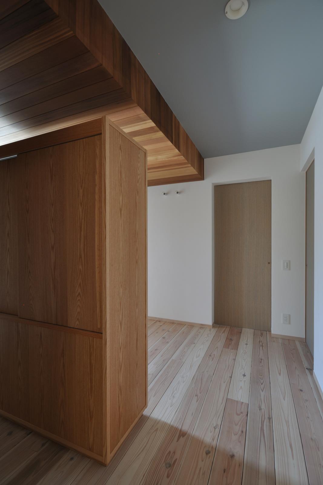 玄関事例:玄関(コンバージョンK〜1階店舗2階住宅の中古住宅をフルリノベ!〜)