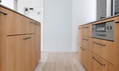 コンバージョンK〜1階店舗2階住宅の中古住宅をフルリノベ!〜 (キッチン)