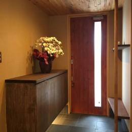 庭を囲むL型の家〜診療室付 一戸建住宅
