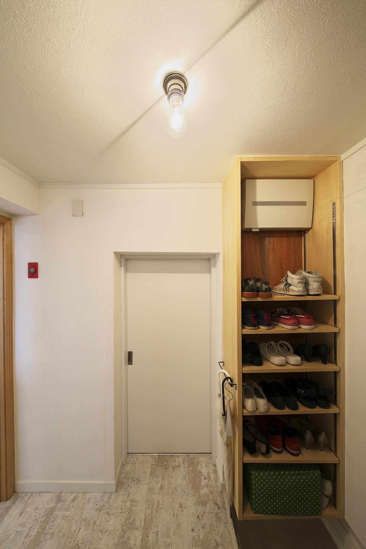 玄関事例:玄関(中古マンションと「私たちらしい、住まい。」)