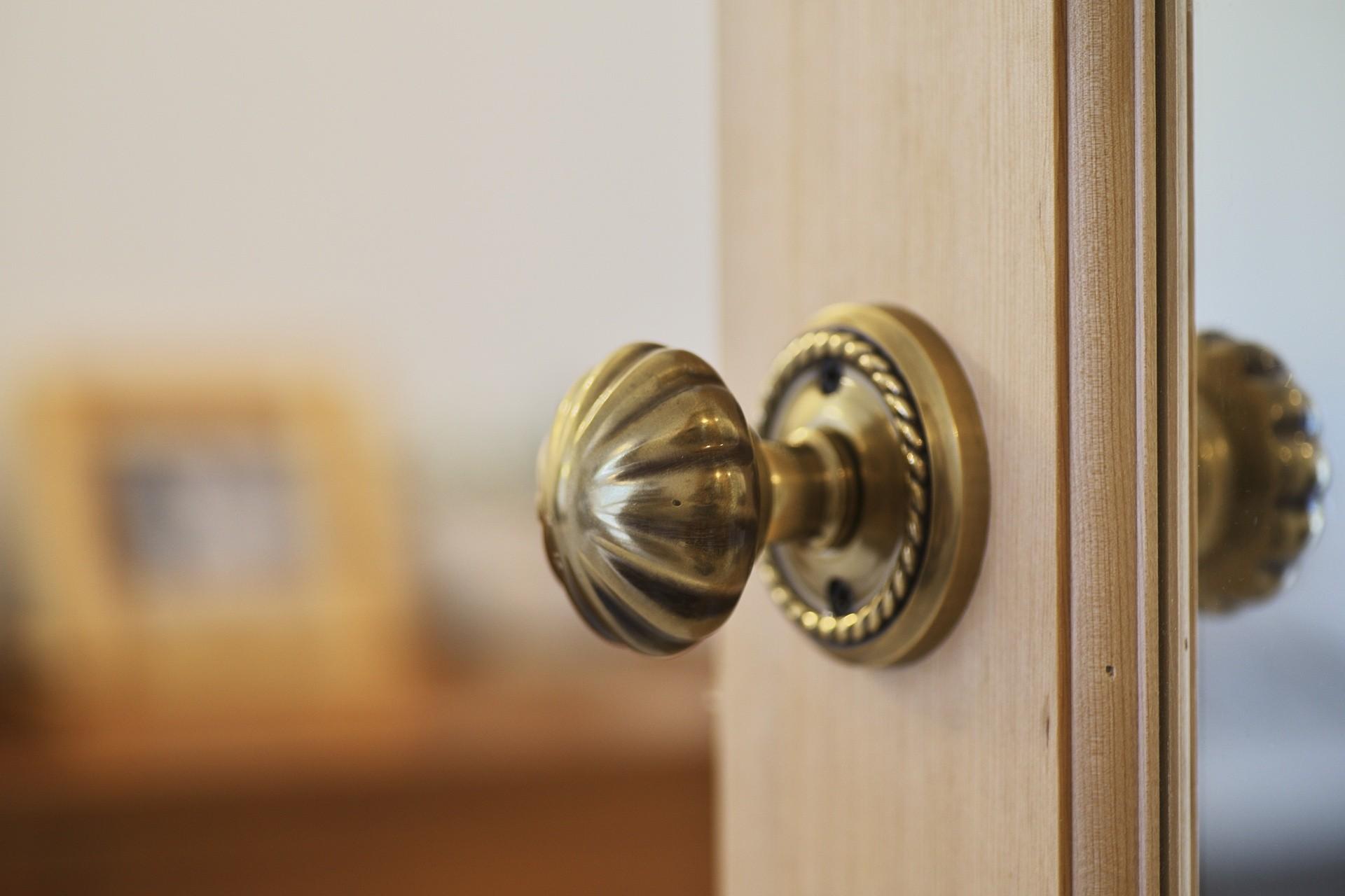 その他事例:造作ドア(中古マンションと「私たちらしい、住まい。」)