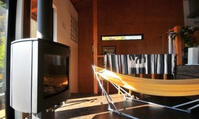 稲村ガ崎の海を望めるサーファーズハウス (薪ストーブ)