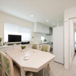 リノベーション・リフォーム会社 東急ホームズのまるごとリフォームの住宅事例「家も、気持ちも、若返ったみたい!『まるごと再生』で新築同様に」