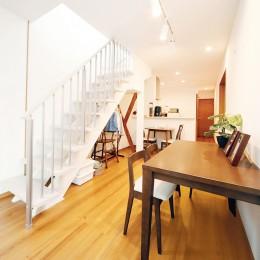 リノベーション・リフォーム会社 東急ホームズのまるごとリフォームの住宅事例「自然と会話が生まれる、陽射しあふれる広々LDK」