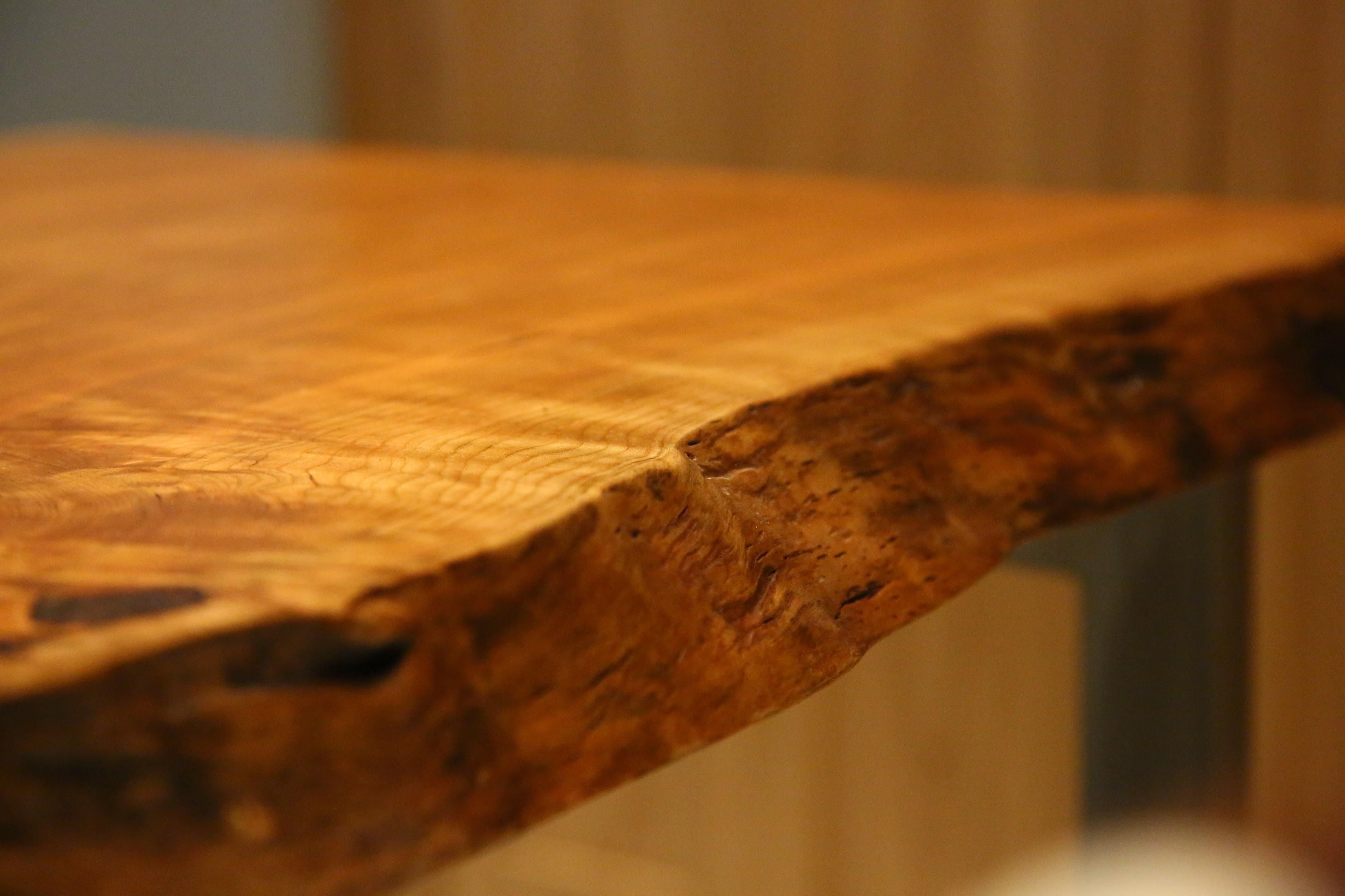 その他事例:テーブル(こだわりバーカウンターのオフィスラウンジ)