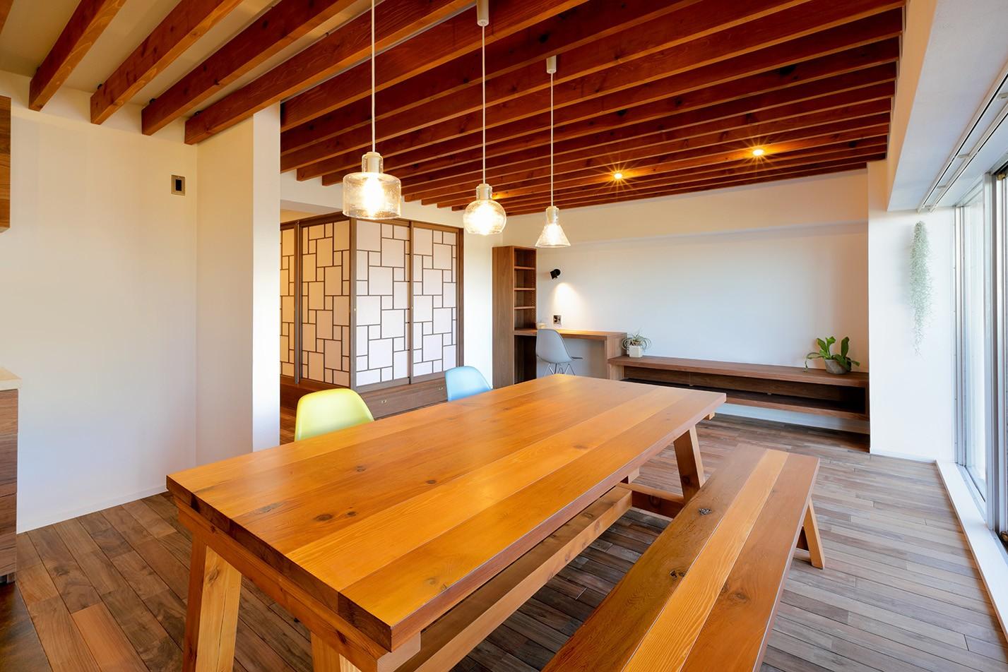 リビングダイニング事例:LDK  ダイニングテーブル(関町の家「around a table」)
