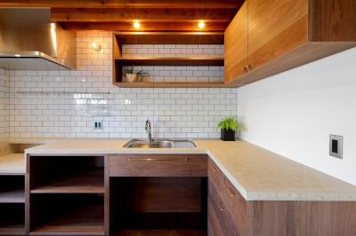 キッチン (関町の家「around a table」)