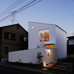 小さな家 (外観)