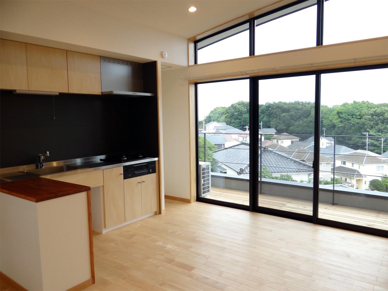 コアジロハウス 住戸B ―眺望を最大限に生かした共同住宅ー (リビングダイニング)