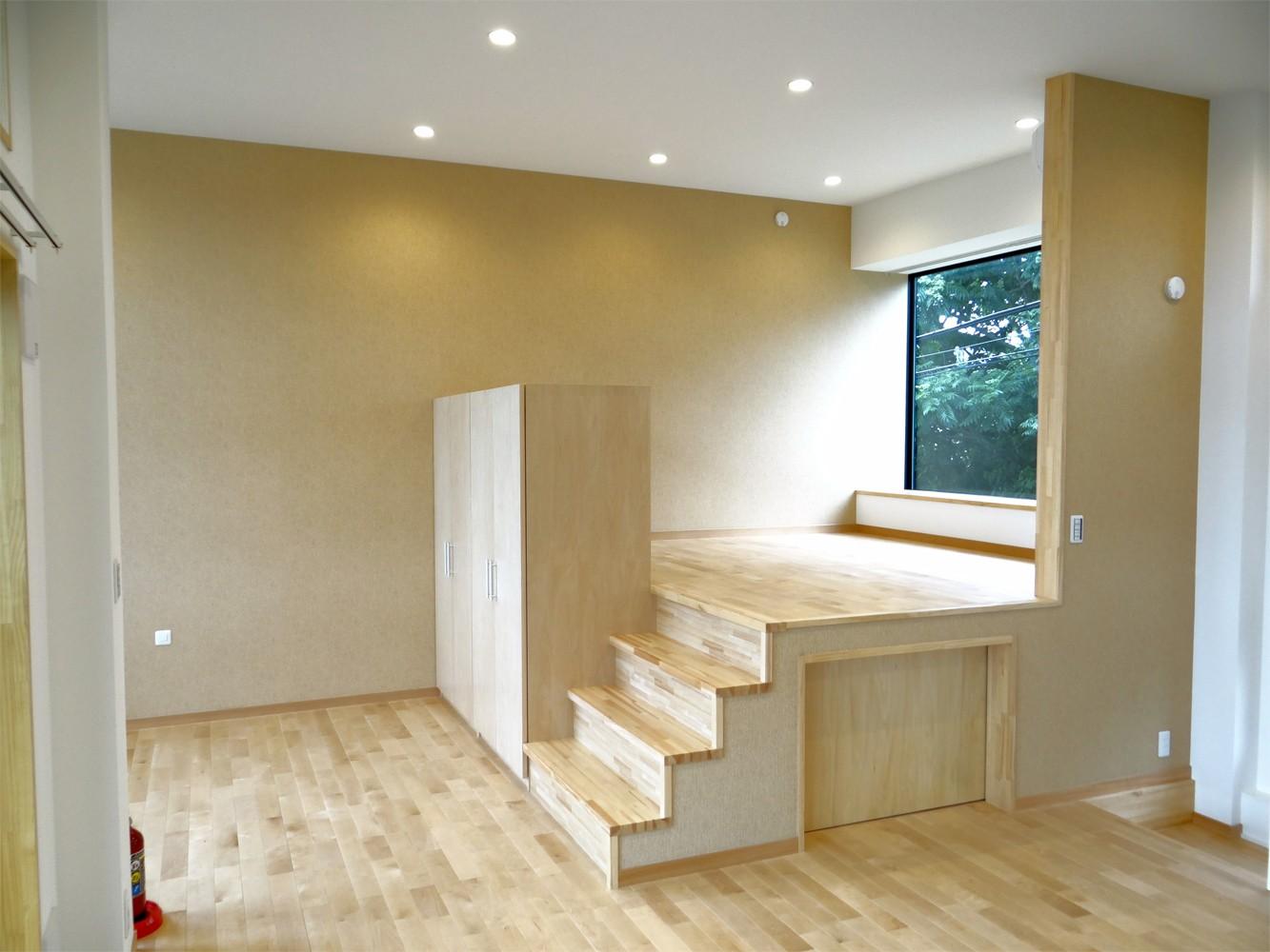コアジロハウス 住戸B ―眺望を最大限に生かした共同住宅ー (寝室)