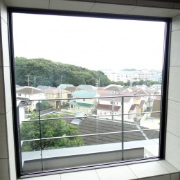 コアジロハウス 住戸B ―眺望を最大限に生かした共同住宅ー (浴室)