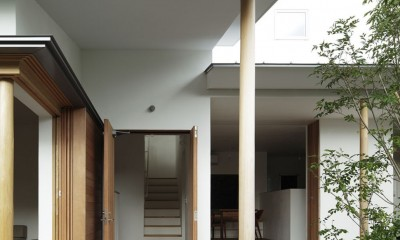 夕日の家 (玄関)
