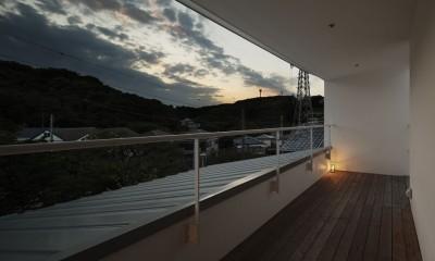 夕日の家 (バルコニー)