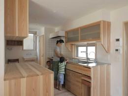 木づくりの家 (キッチン2)