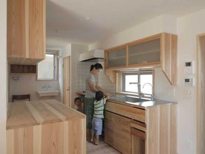 キッチン2 (木づくりの家)