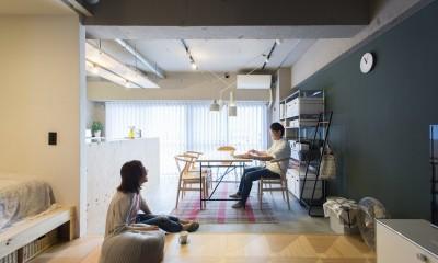 にぎやかカフェな家 (どこにいても、会話ができる心地よい距離)