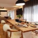 ライフスタイルに合わせた上質な住まい~暮らしにこだわったマンションリノベ~の写真 大きなダイニングテーブル
