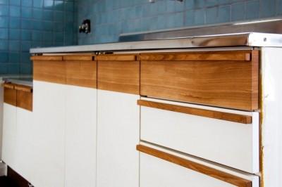 高倉台団地の暮しのハコ301|神戸市須磨区の団地DIYリノベーション (既存を改造したキッチンユニット)