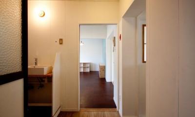 高倉台団地の暮しのハコ301|神戸市須磨区の団地DIYリノベーション (玄関)