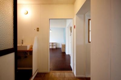 玄関 (高倉台団地の暮しのハコ301|神戸市須磨区の団地DIYリノベーション)
