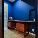 ライフスタイルに合わせた上質な住まい~暮らしにこだわったマンションリノベ~の写真 安らぎが得られる書斎