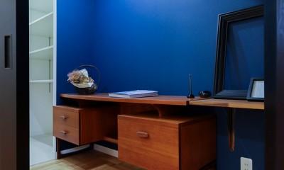 安らぎが得られる書斎|ライフスタイルに合わせた上質な住まい~暮らしにこだわったマンションリノベ~