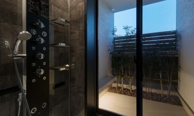 I6-house「木漏れ日のある家」 (浴室)