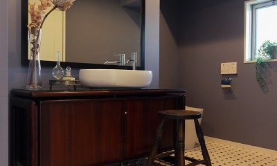 ライフスタイルに合わせた上質な住まい~暮らしにこだわったマンションリノベ~ (毎日のお掃除も手軽に…)