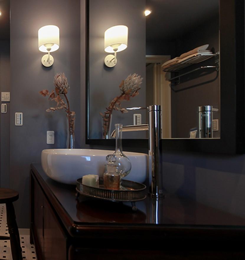 ライフスタイルに合わせた上質な住まい~暮らしにこだわったマンションリノベ~ (ホテルライクな洗面室)