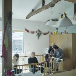 リノベーション・リフォーム会社 ブルースタジオの住宅事例「NE-CODATE-二世帯住宅+猫部屋、家族が集まる広い縁側」