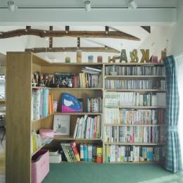 寝室 (NE-CODATE-二世帯住宅+猫部屋、家族が集まる広い縁側)